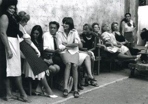Fellini looks up at la Seraghina on the set of 8 1/2.